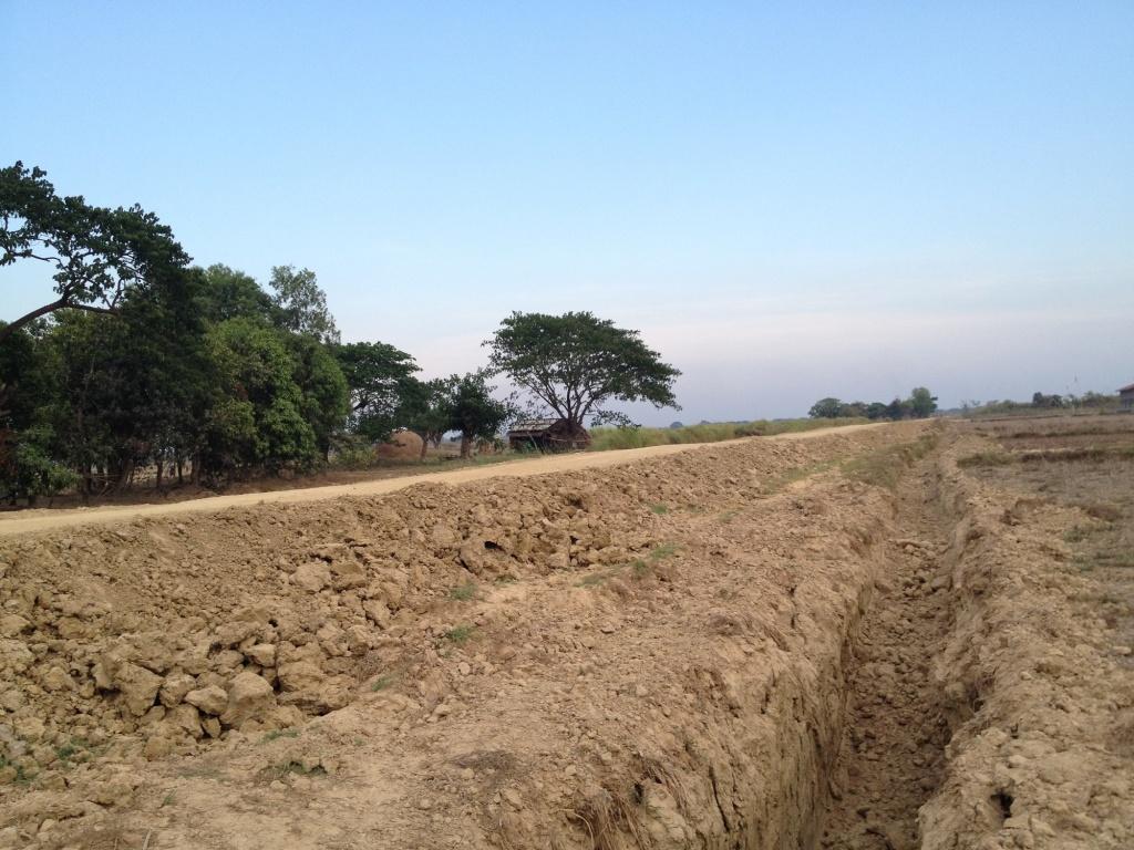 開発途中のモービの道路