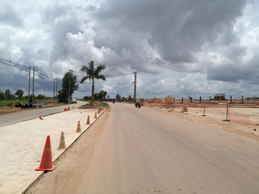 ティラワ経済特区の道路