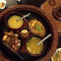 ミャンマー料理セット(スープ、鶏肉とジャガイモの煮込み、魚カレー)【K Khine Restaurant】