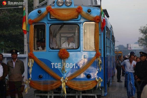 ミャンマーの路面電車